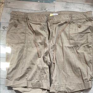 Vintage Y2k Plus Size Khaki Cargo Shorts